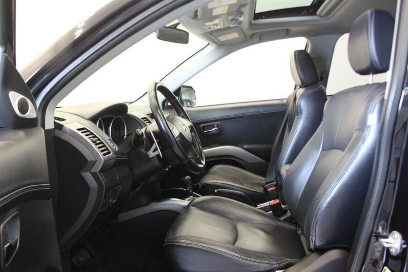 2010 Mitsubishi Outlander XLS 4WD Sportronic at in Regina, Saskatchewan - 9 - w1024h768px