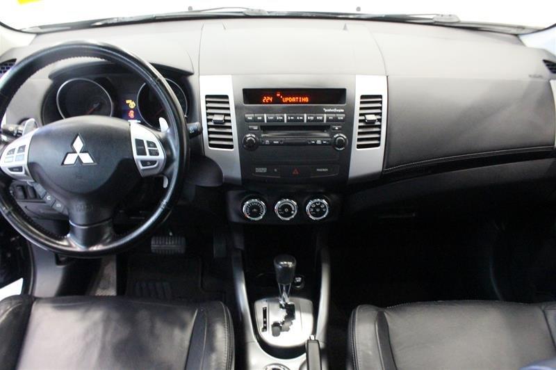 2010 Mitsubishi Outlander XLS 4WD Sportronic at in Regina, Saskatchewan - 12 - w1024h768px
