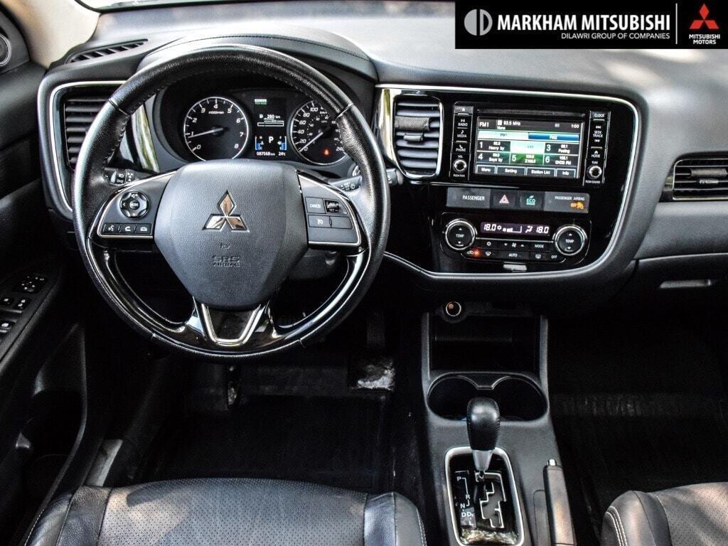 2016 Mitsubishi Outlander ES AWC in Markham, Ontario - 12 - w1024h768px