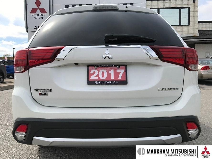 2017 Mitsubishi Outlander GT S-AWC in Markham, Ontario - 5 - w1024h768px