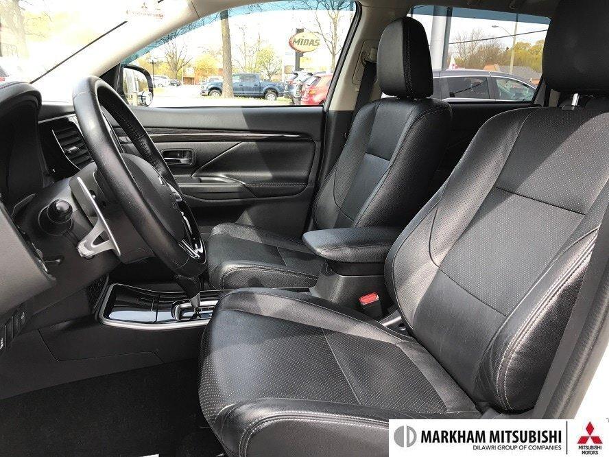 2017 Mitsubishi Outlander GT S-AWC in Markham, Ontario - 17 - w1024h768px