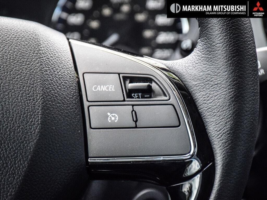 2018 Mitsubishi Outlander ES AWC Touring in Markham, Ontario - 16 - w1024h768px
