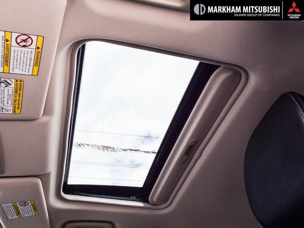 2018 Mitsubishi Outlander ES AWC Touring in Markham, Ontario - 26 - w1024h768px