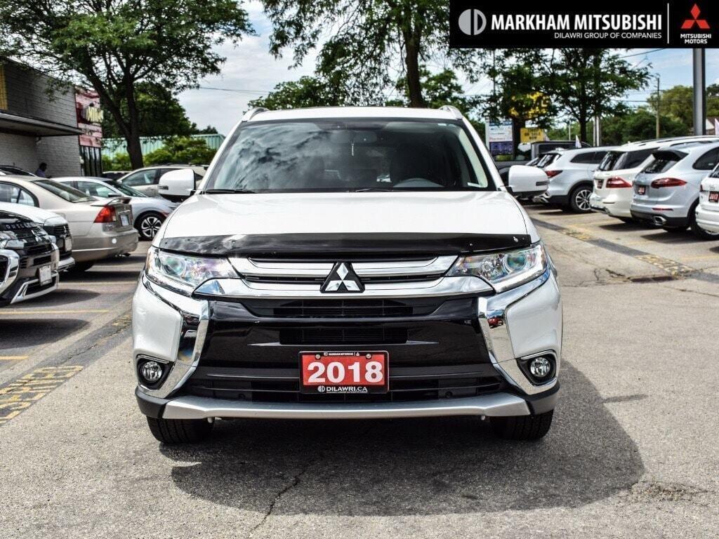 2018 Mitsubishi Outlander ES AWC Touring in Markham, Ontario - 2 - w1024h768px