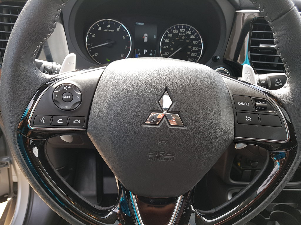 2018 Mitsubishi Outlander SE AWC in Regina, Saskatchewan - 17 - w1024h768px