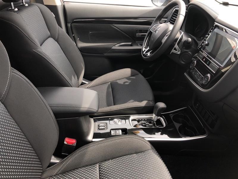 2019 Mitsubishi Outlander SE AWC in Regina, Saskatchewan - 4 - w1024h768px