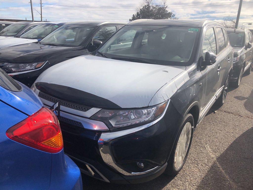 2019 Mitsubishi Outlander SE AWC in Mississauga, Ontario - 1 - w1024h768px