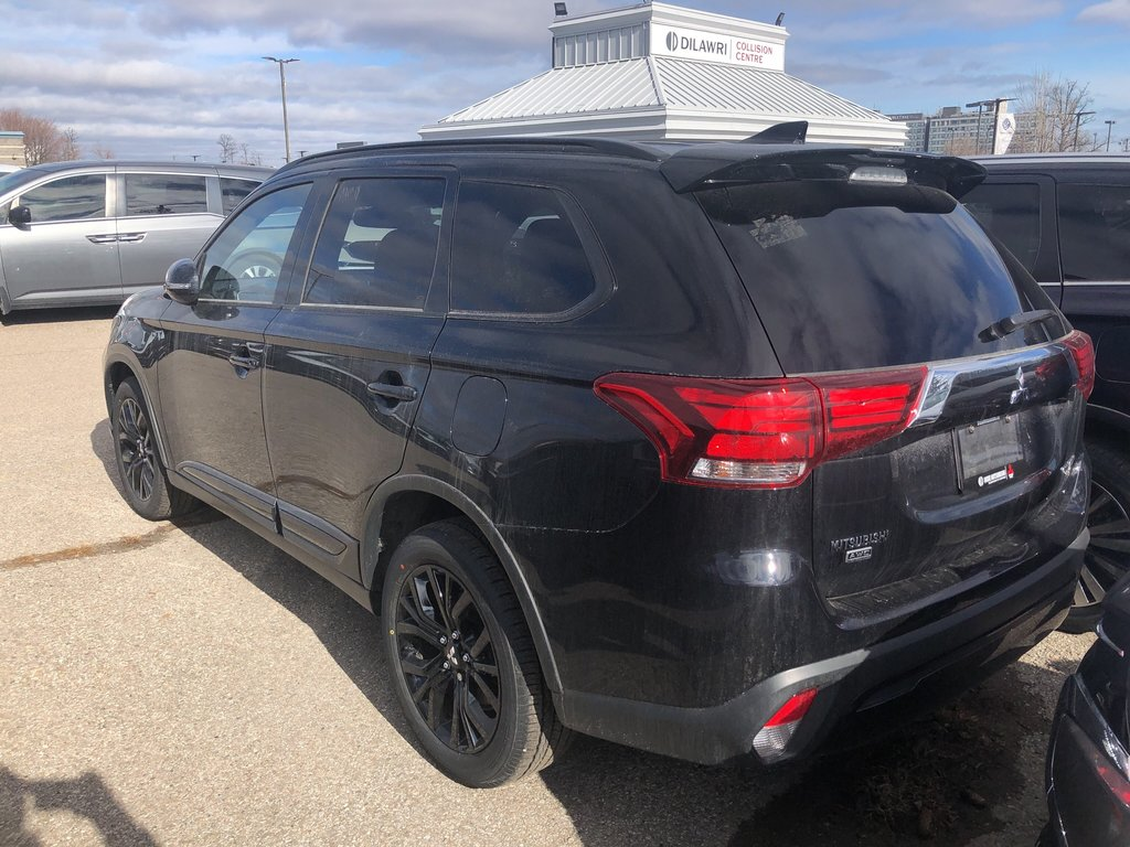 2019 Mitsubishi Outlander SE AWC Black Edition in Mississauga, Ontario - 2 - w1024h768px