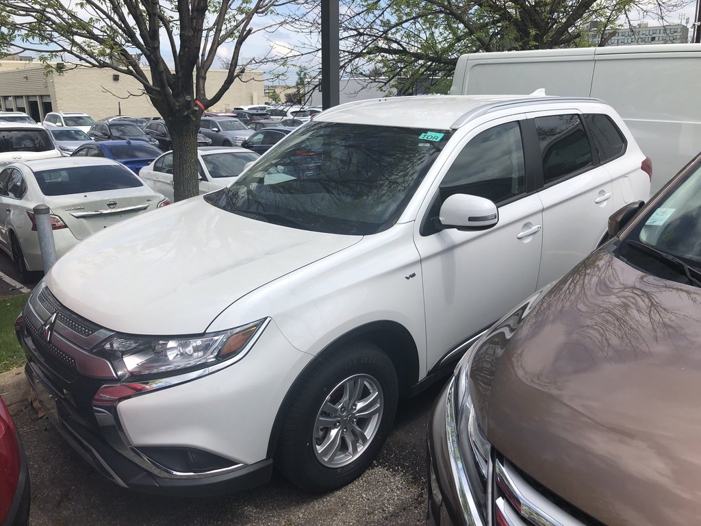 2019 Mitsubishi Outlander SE AWC in Mississauga, Ontario - 1 - w1024h768px