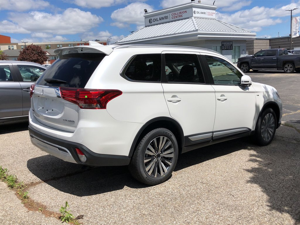 2019 Mitsubishi Outlander GT S-AWC in Mississauga, Ontario - 9 - w1024h768px