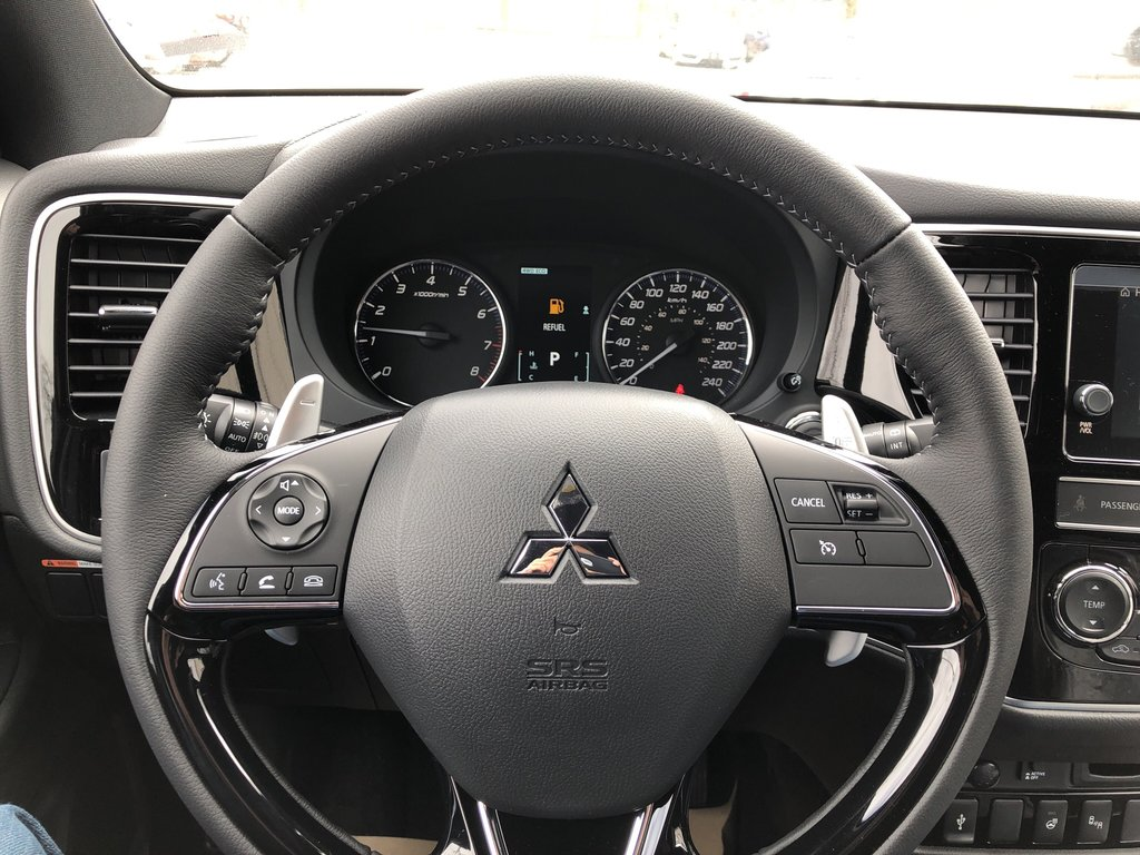 2019 Mitsubishi Outlander SE AWC Black Edition in Markham, Ontario - 9 - w1024h768px