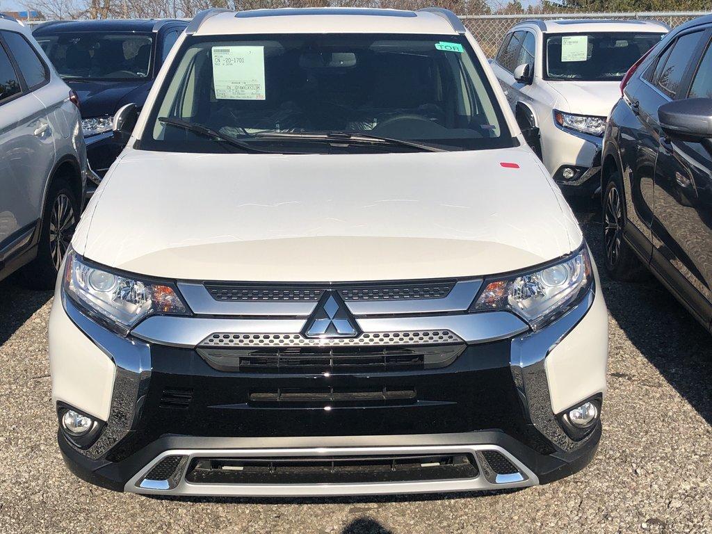 2019 Mitsubishi Outlander SE AWC in Markham, Ontario - 2 - w1024h768px