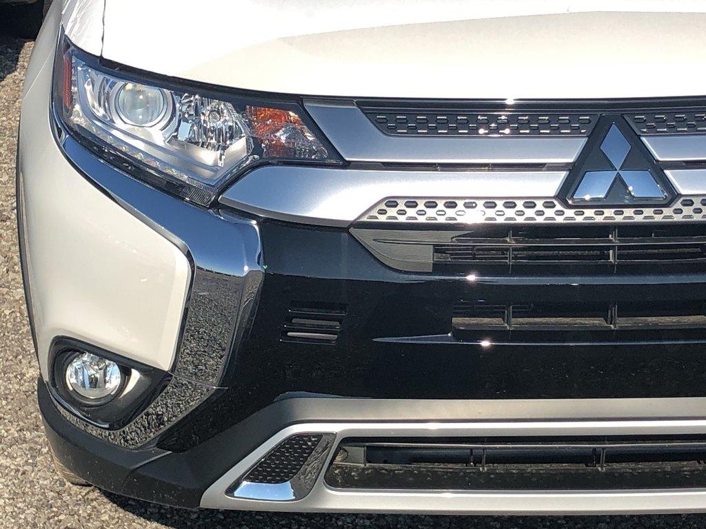2019 Mitsubishi Outlander SE AWC in Markham, Ontario - 4 - w1024h768px