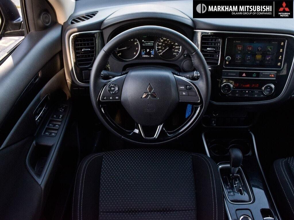 2019 Mitsubishi Outlander ES AWC in Markham, Ontario - 15 - w1024h768px