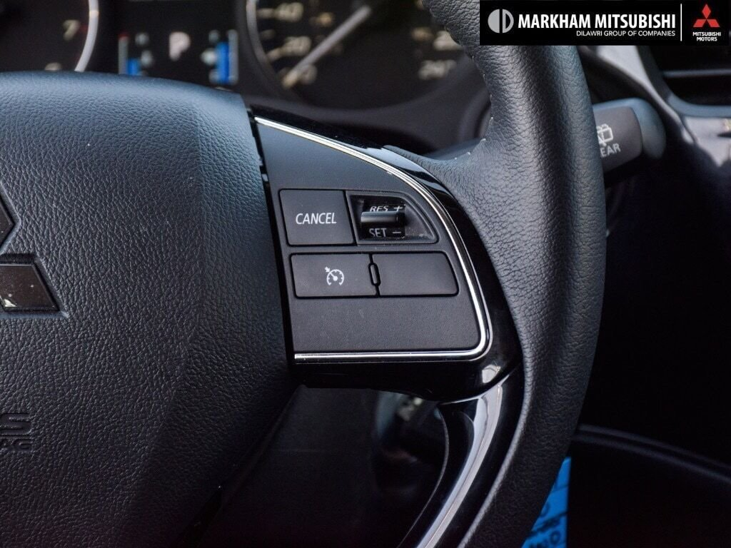 2019 Mitsubishi Outlander ES AWC in Markham, Ontario - 17 - w1024h768px