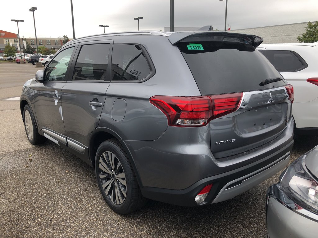 2020 Mitsubishi Outlander EX S-AWC in Mississauga, Ontario - 2 - w1024h768px