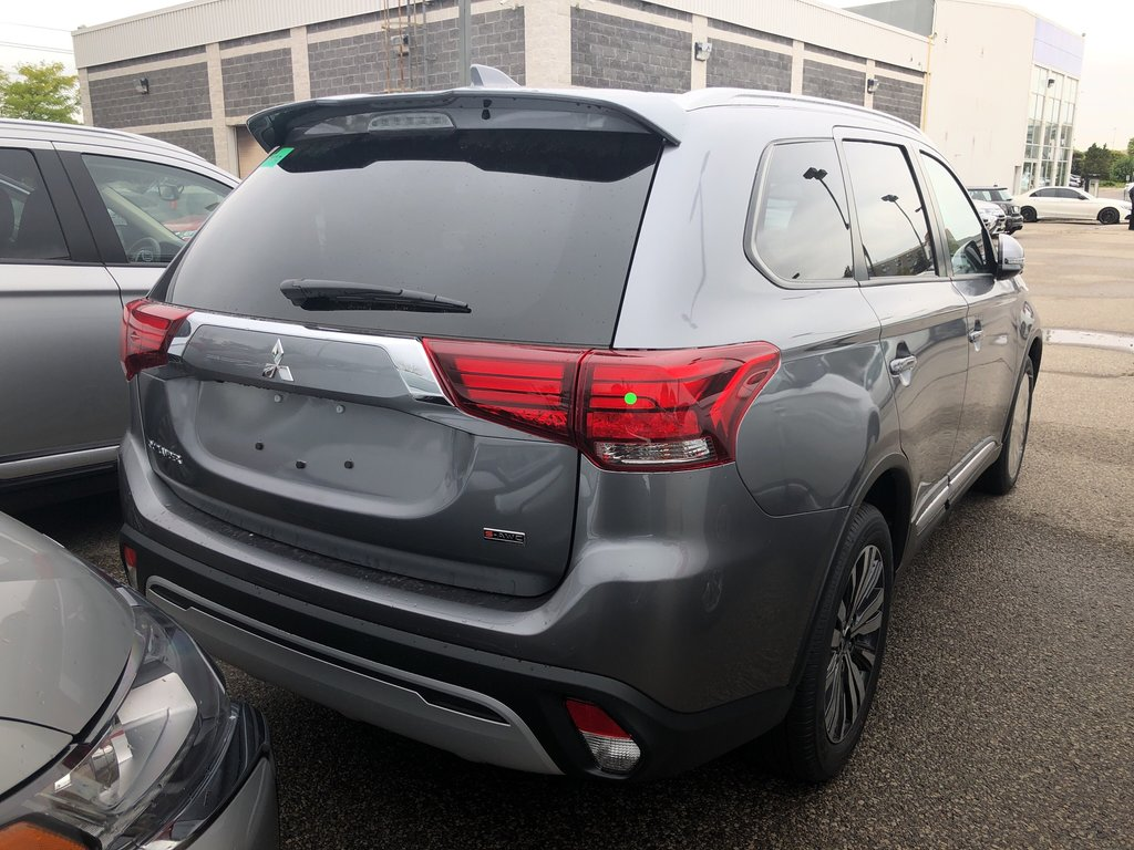 2020 Mitsubishi Outlander EX S-AWC in Mississauga, Ontario - 3 - w1024h768px