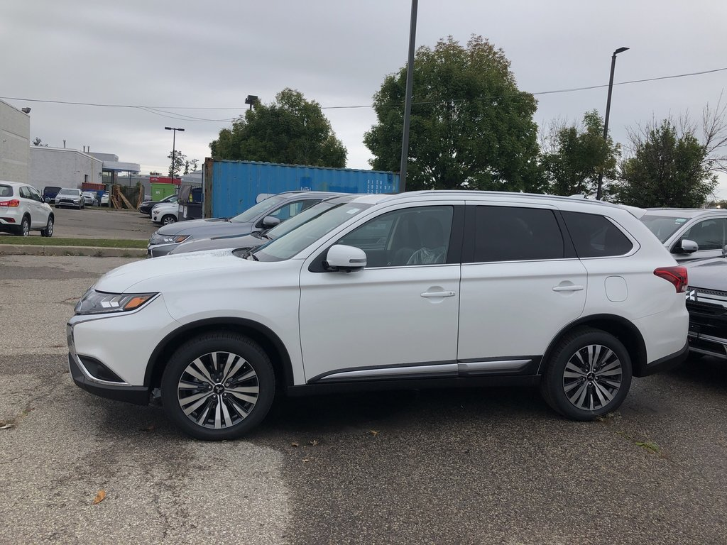 2020 Mitsubishi Outlander EX-L S-AWC in Mississauga, Ontario - 2 - w1024h768px