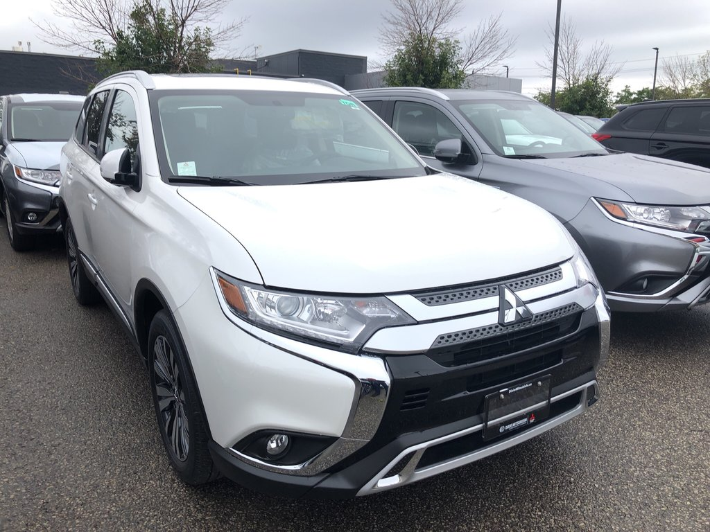 2020 Mitsubishi Outlander EX S-AWC in Mississauga, Ontario - 4 - w1024h768px