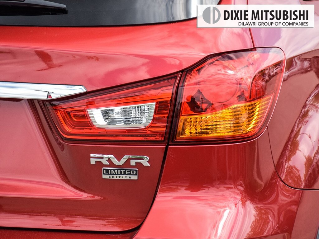 2018 Mitsubishi RVR 2.4L 4WD SE Limited Edition in Mississauga, Ontario - 8 - w1024h768px