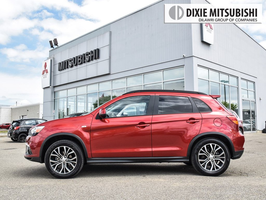 2018 Mitsubishi RVR 2.4L 4WD SE Limited Edition in Mississauga, Ontario - 3 - w1024h768px