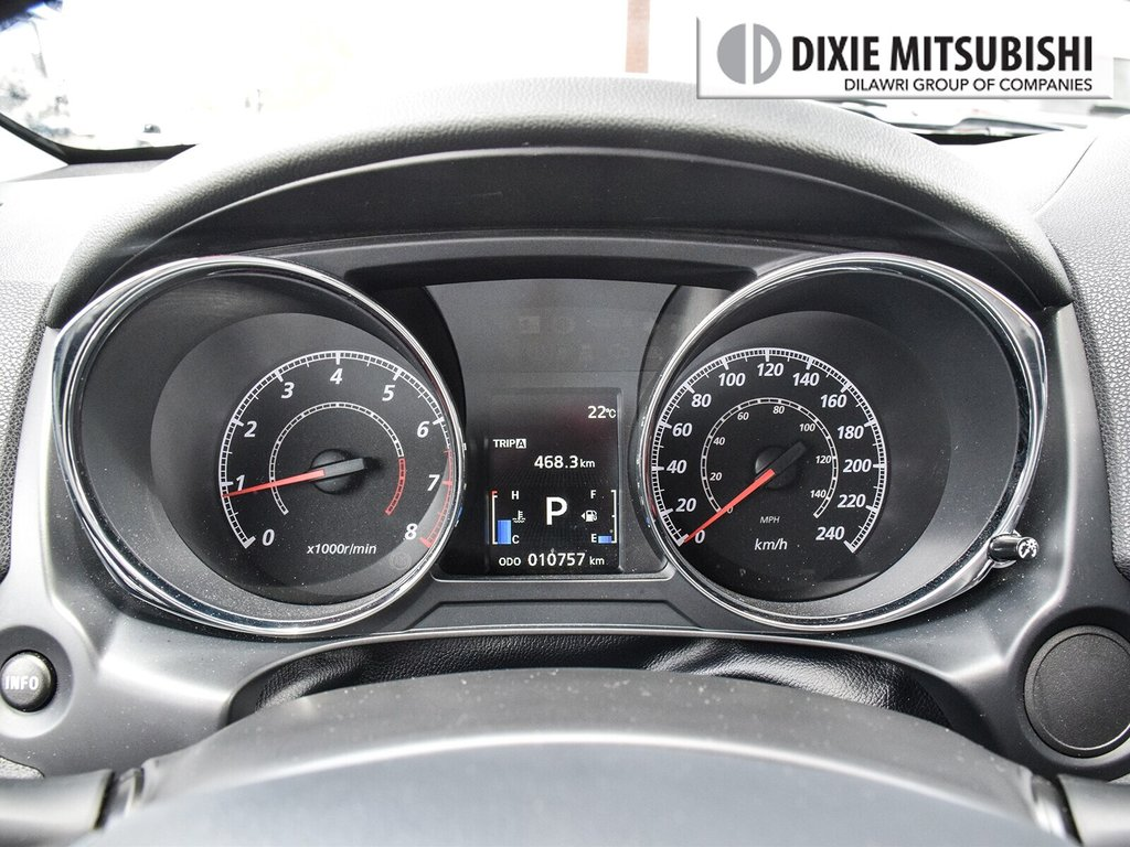 2018 Mitsubishi RVR 2.4L 4WD SE Limited Edition in Mississauga, Ontario - 15 - w1024h768px