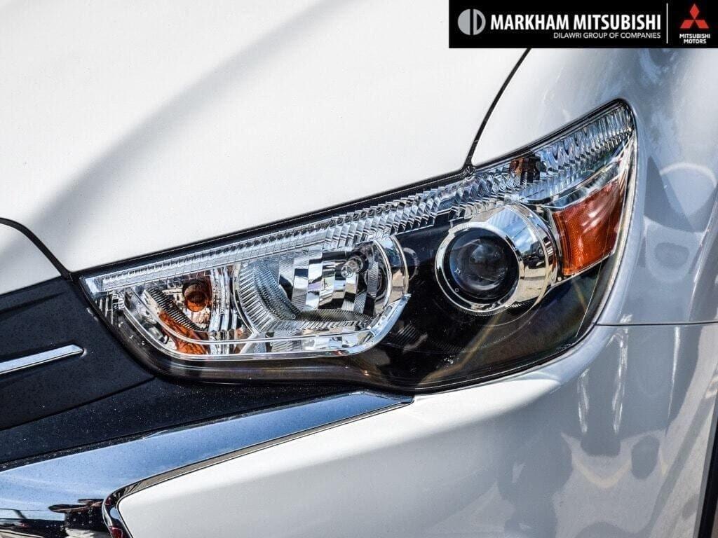 2018 Mitsubishi RVR 2.4L 4WD SE Limited Edition in Markham, Ontario - 8 - w1024h768px