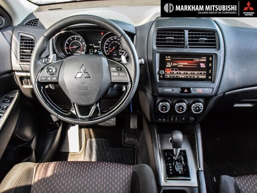 2018 Mitsubishi RVR 2.4L 4WD SE Limited Edition in Markham, Ontario - 13 - w1024h768px