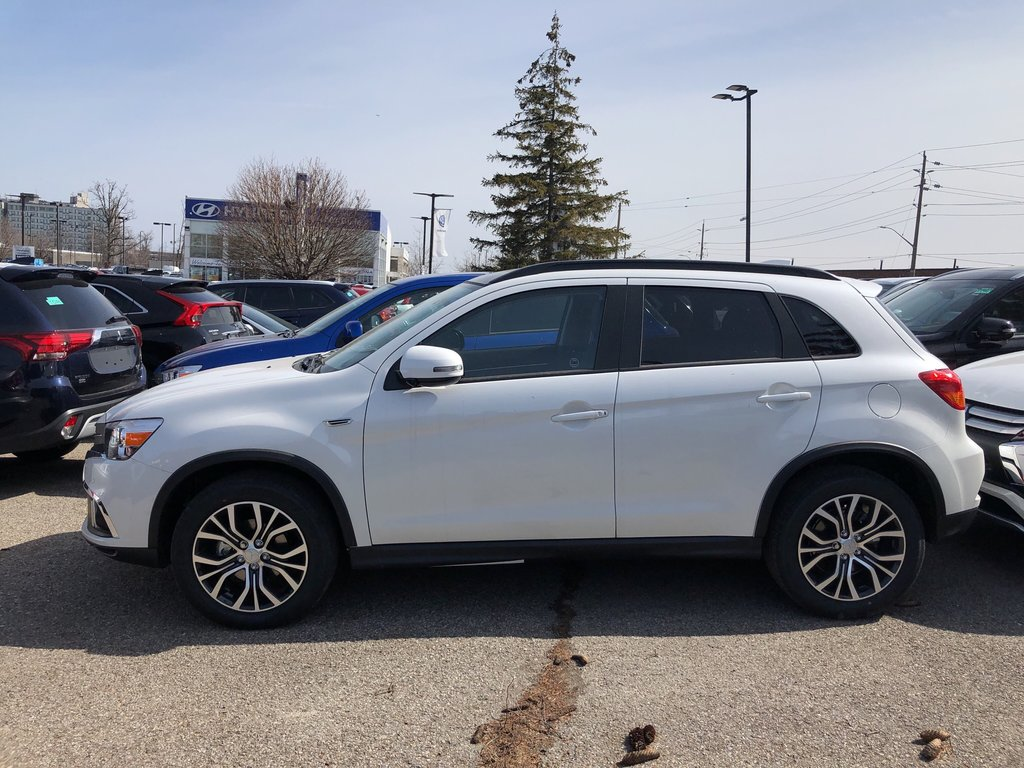 2019 Mitsubishi RVR 2.4L AWC GT in Mississauga, Ontario - 2 - w1024h768px
