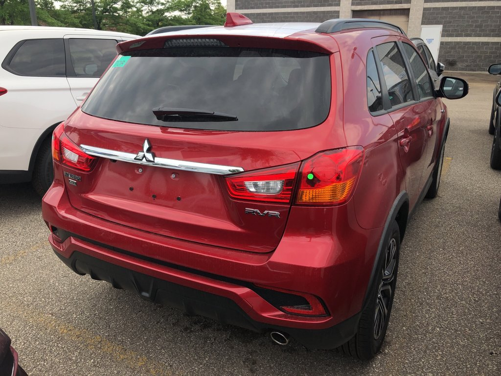 2019 Mitsubishi RVR 2.4L AWC GT in Mississauga, Ontario - 3 - w1024h768px