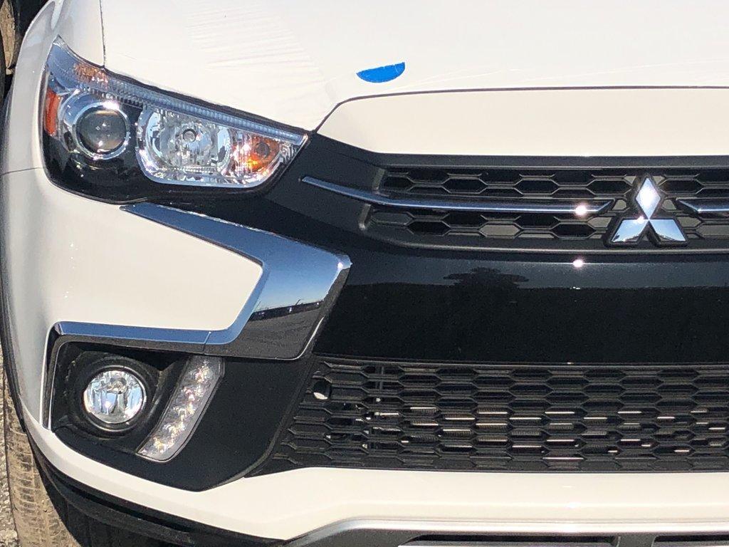 2019 Mitsubishi RVR 2.4L AWC SE Limited Edition in Markham, Ontario - 4 - w1024h768px