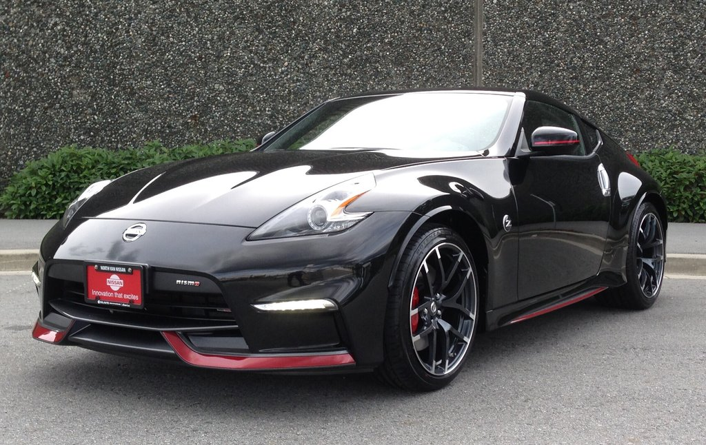 2016 Nissan 370Z Nismo Edition 6sp in North Vancouver, British Columbia - 1 - w1024h768px