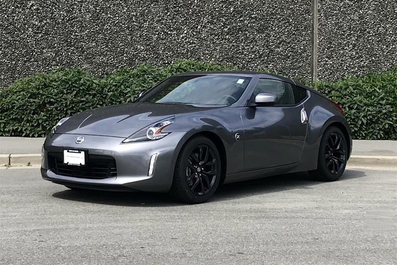 2019 Nissan 370Z Coupe 6sp in North Vancouver, British Columbia - 2 - w1024h768px