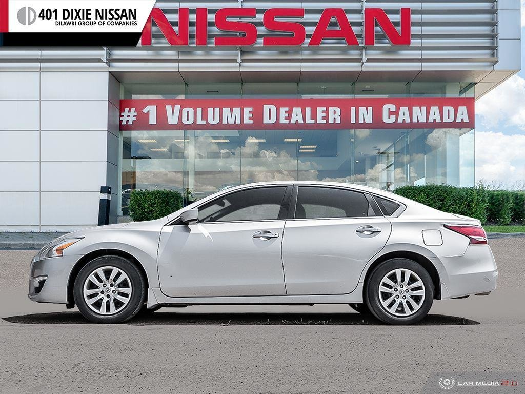 2014 Nissan Altima Sedan 2.5 CVT in Mississauga, Ontario - 3 - w1024h768px