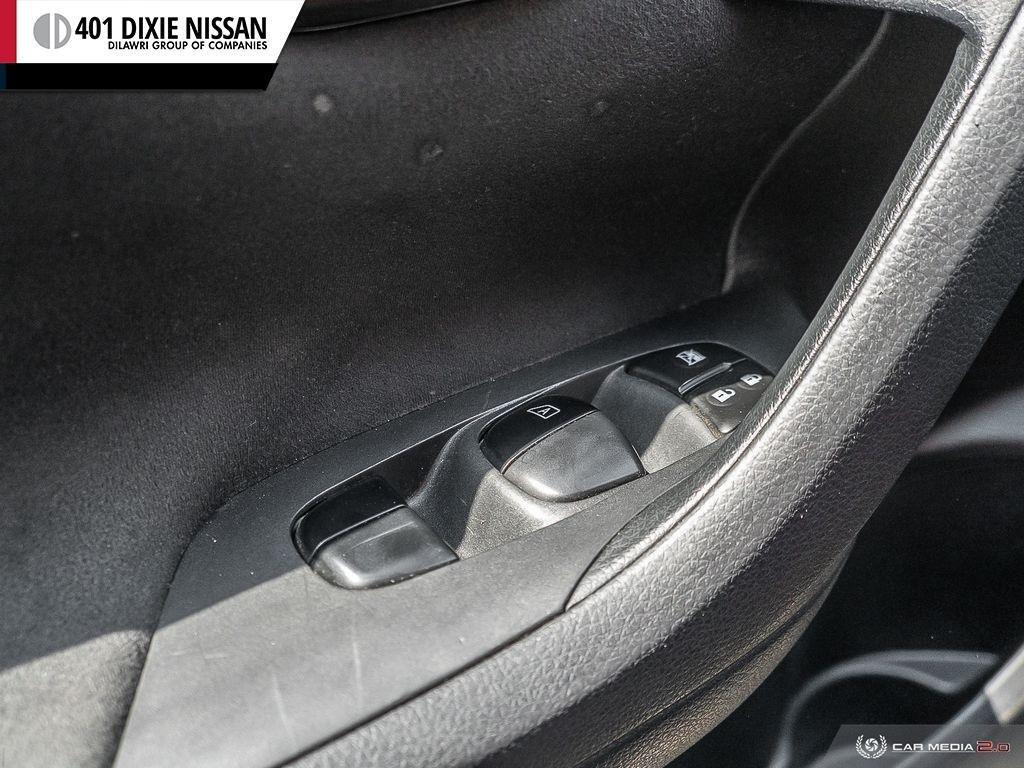 2014 Nissan Altima Sedan 2.5 CVT in Mississauga, Ontario - 15 - w1024h768px