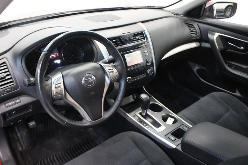 2015 Nissan Altima Sedan 2.5 SV CVT in Regina, Saskatchewan - 9 - w1024h768px