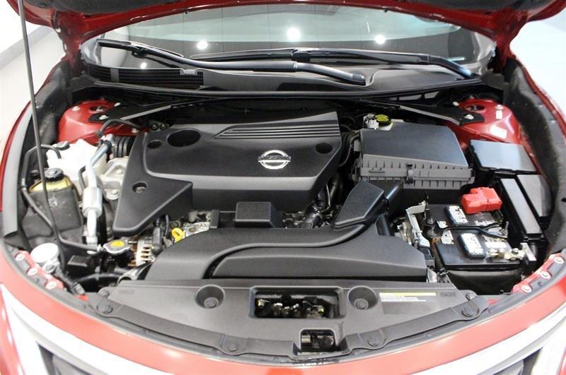 2015 Nissan Altima Sedan 2.5 SV CVT in Regina, Saskatchewan - 19 - w1024h768px