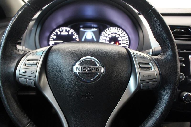 2015 Nissan Altima Sedan 2.5 SV CVT in Regina, Saskatchewan - 6 - w1024h768px