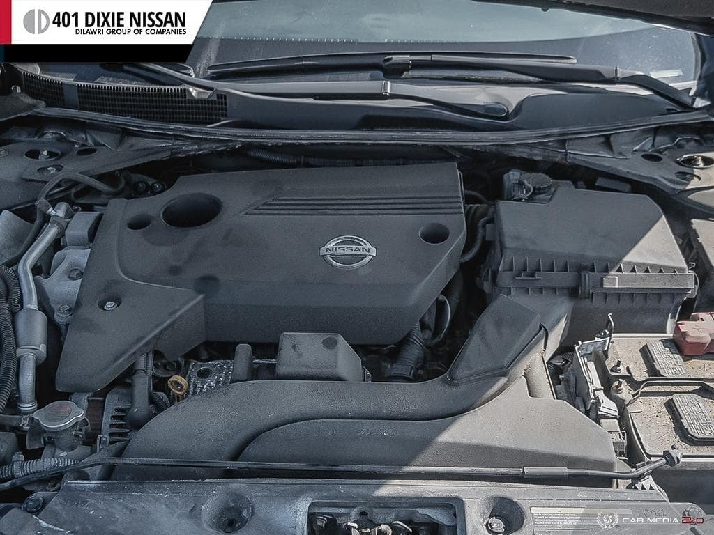 2015 Nissan Altima Sedan 2.5 SV CVT in Mississauga, Ontario - 8 - w1024h768px