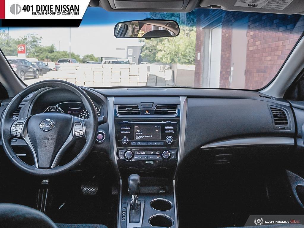 2015 Nissan Altima Sedan 2.5 SV CVT in Mississauga, Ontario - 24 - w1024h768px