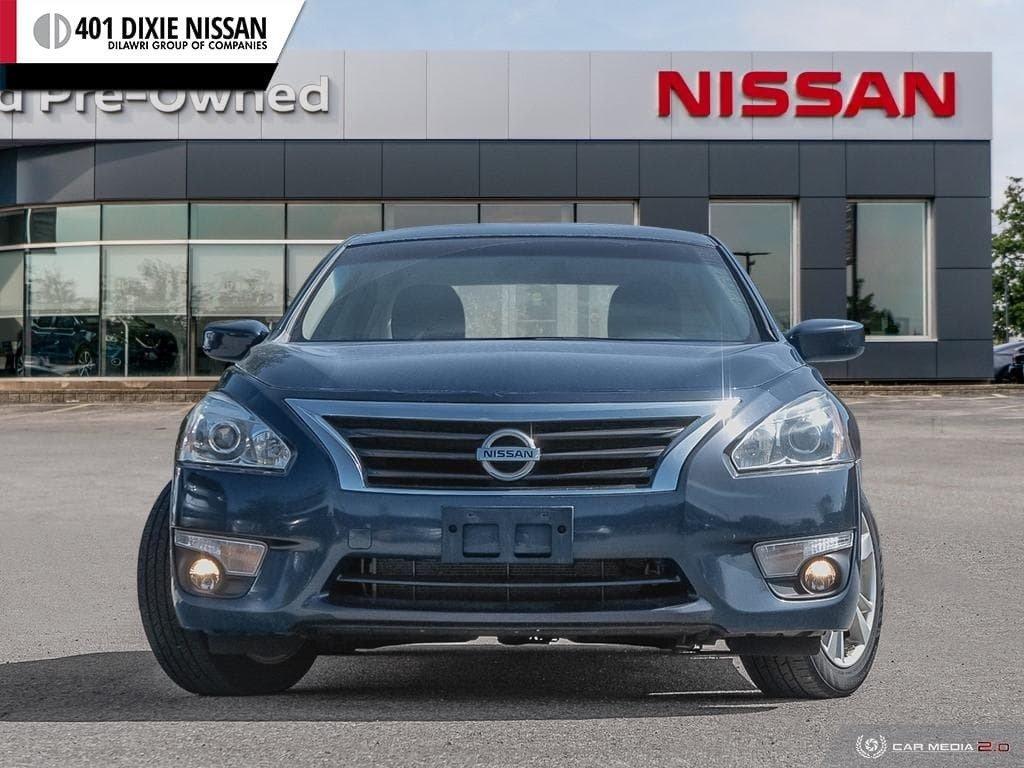 2015 Nissan Altima Sedan 2.5 SV CVT in Mississauga, Ontario - 2 - w1024h768px