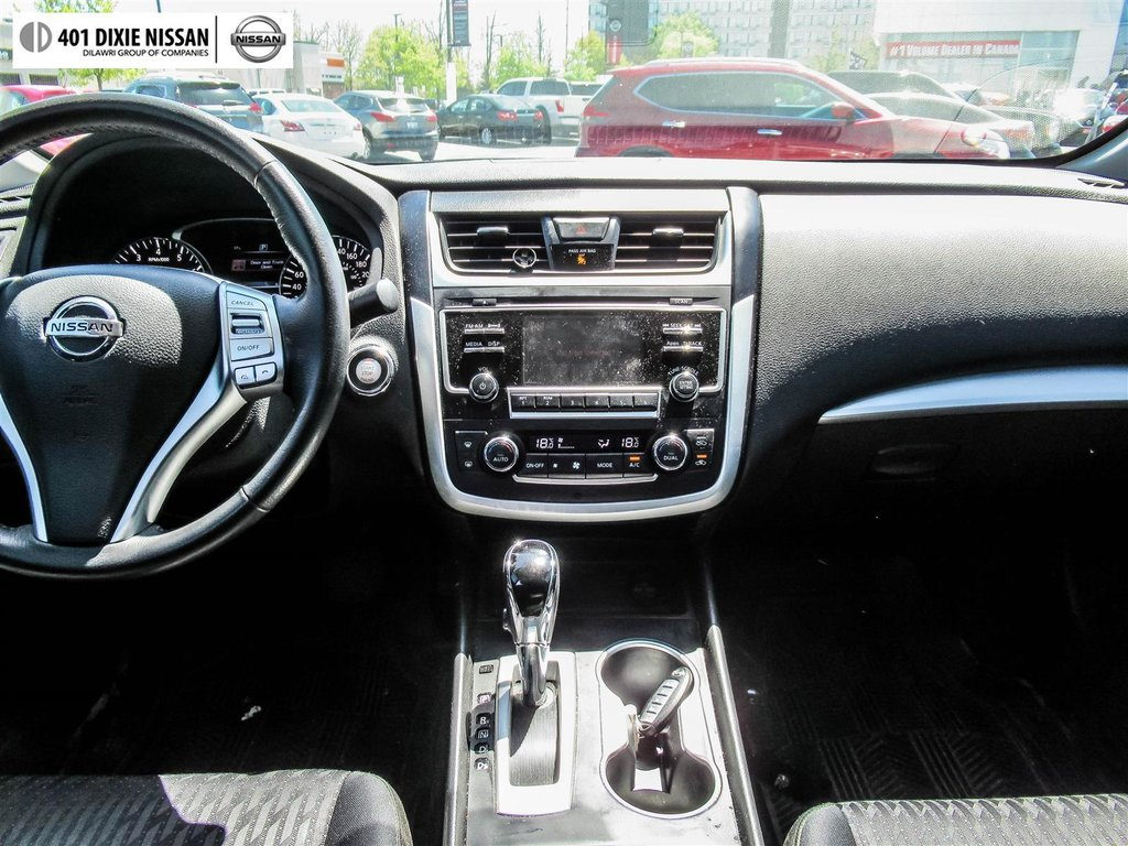 2016 Nissan Altima Sedan 2.5 SV CVT in Mississauga, Ontario - 15 - w1024h768px