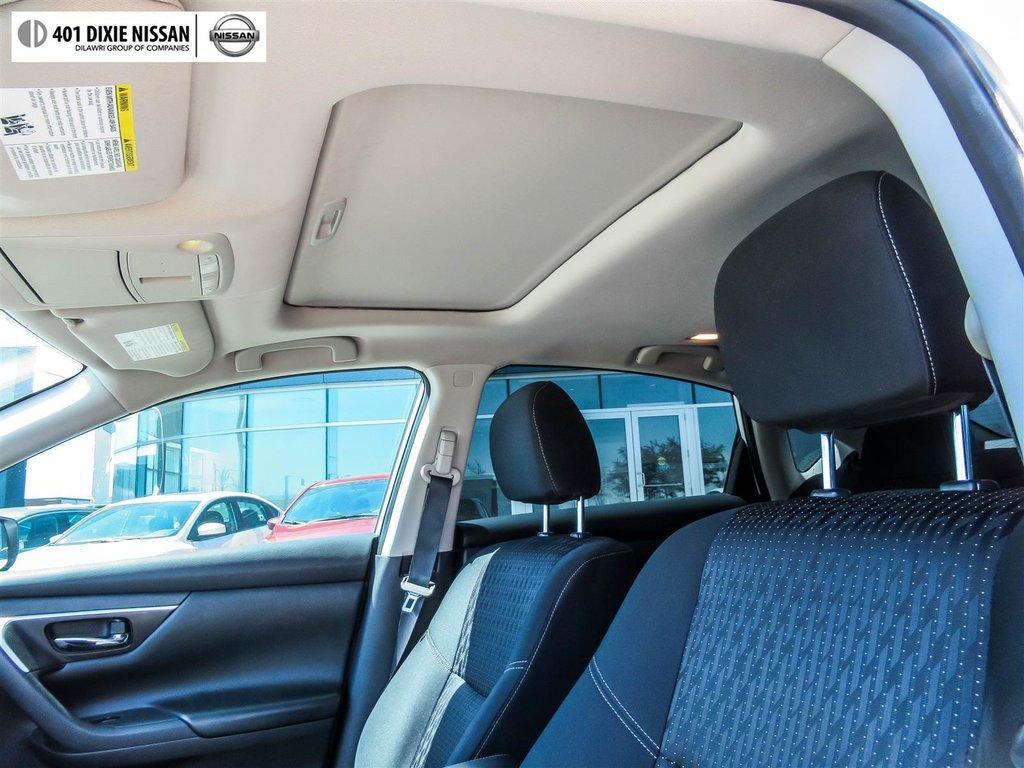 2016 Nissan Altima Sedan 2.5 SV CVT in Mississauga, Ontario - 17 - w1024h768px