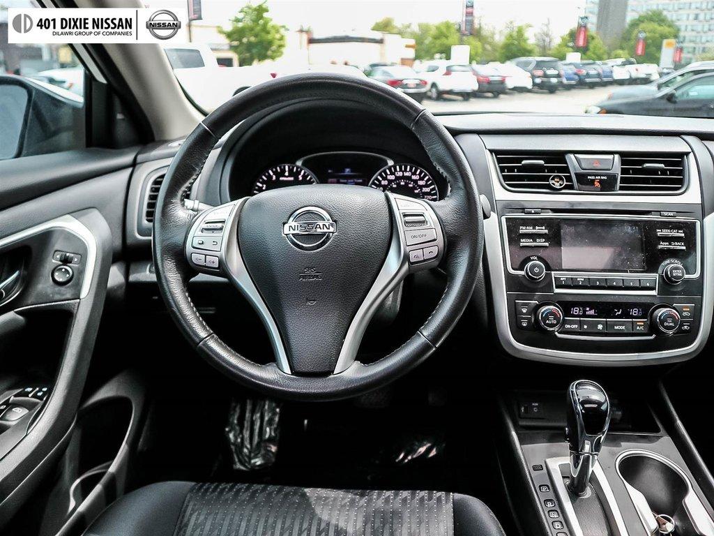 2016 Nissan Altima Sedan 2.5 SV CVT in Mississauga, Ontario - 36 - w1024h768px