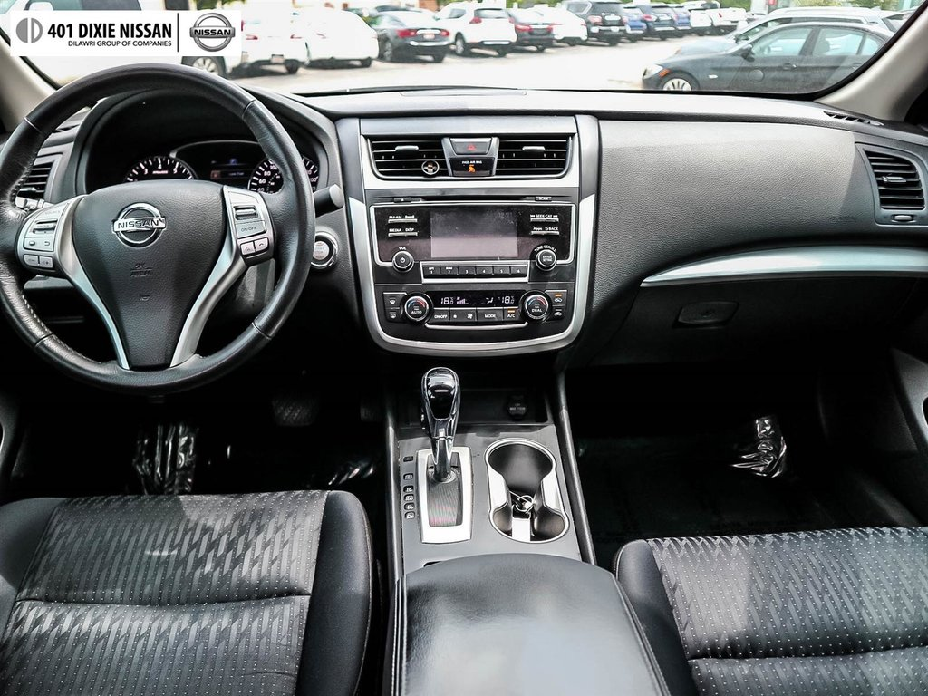 2016 Nissan Altima Sedan 2.5 SV CVT in Mississauga, Ontario - 37 - w1024h768px