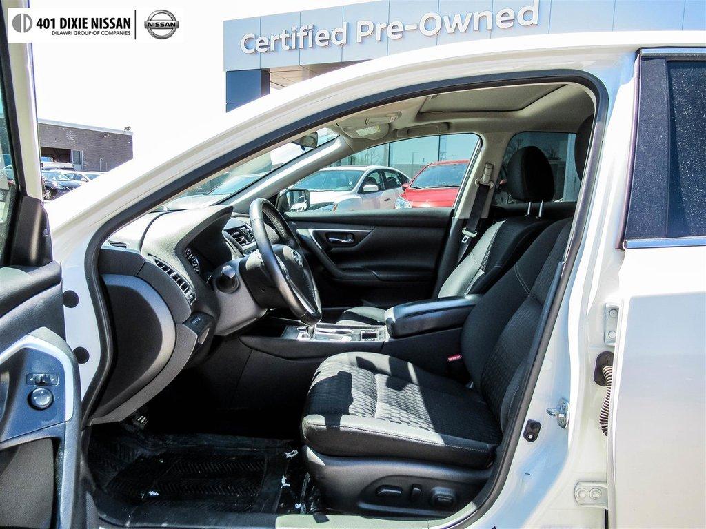 2016 Nissan Altima Sedan 2.5 SV CVT in Mississauga, Ontario - 11 - w1024h768px