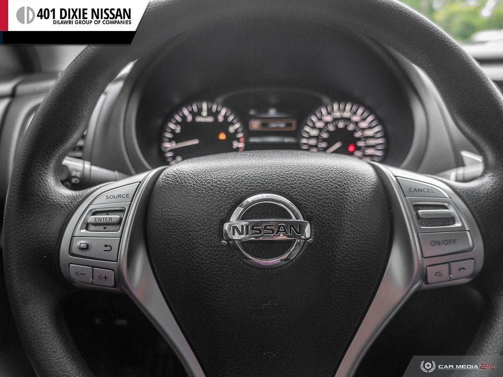 2017 Nissan Altima Sedan 2.5 S CVT in Mississauga, Ontario - 7 - w1024h768px