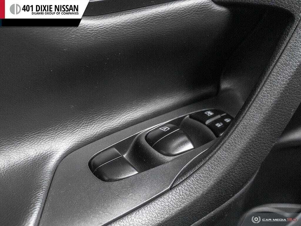 2017 Nissan Altima Sedan 2.5 S CVT in Mississauga, Ontario - 10 - w1024h768px