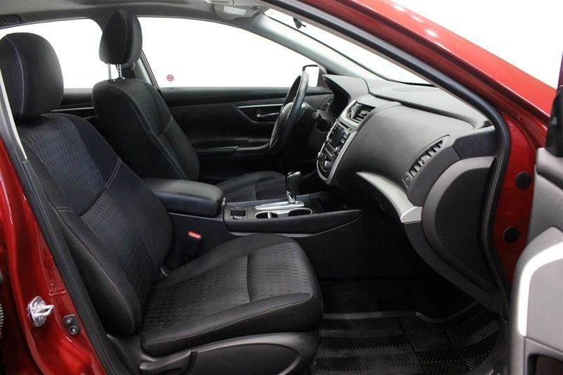 2017 Nissan Altima Sedan 2.5 S CVT in Regina, Saskatchewan - 15 - w1024h768px
