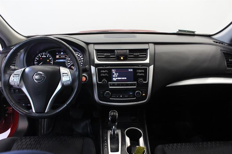 2017 Nissan Altima Sedan 2.5 S CVT in Regina, Saskatchewan - 12 - w1024h768px